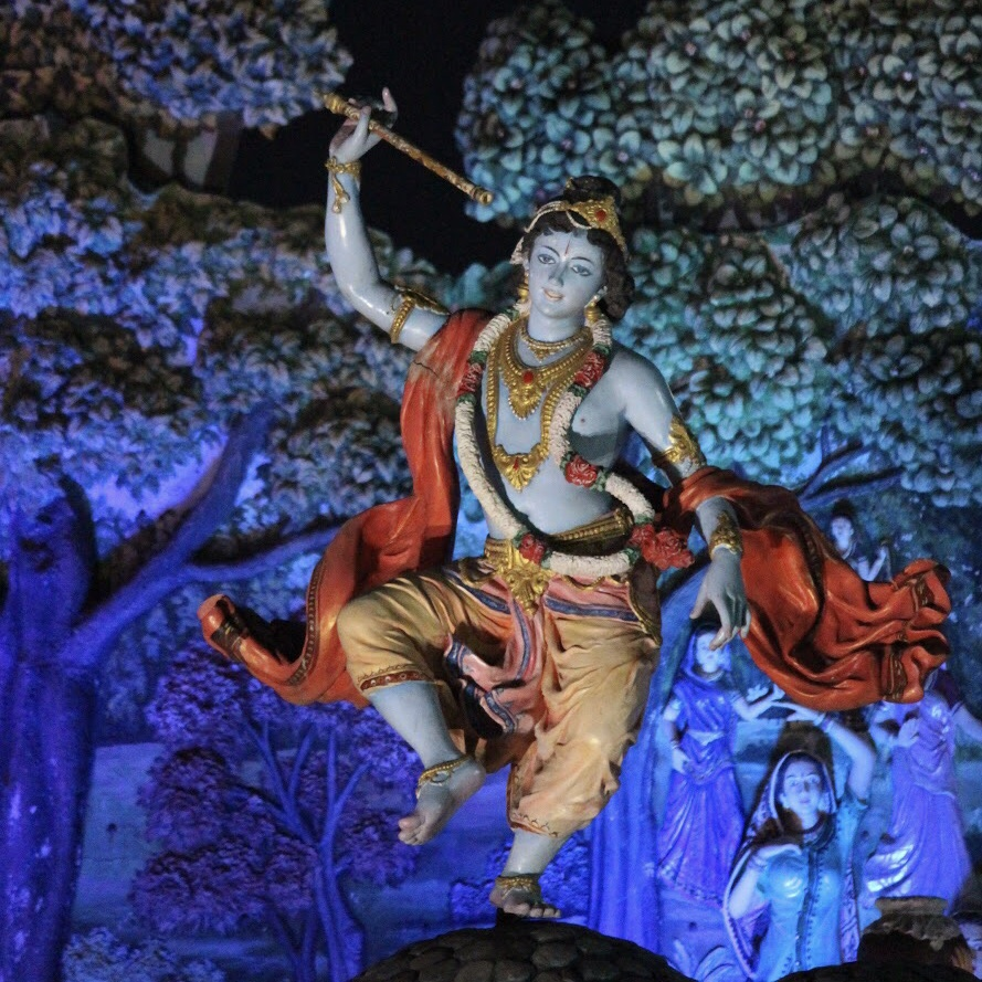 ヒンドゥー教クリシュナ神の聖地「ヴリンダーヴァン」に来ています